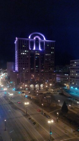 InterContinental Milwaukee : Night View from room