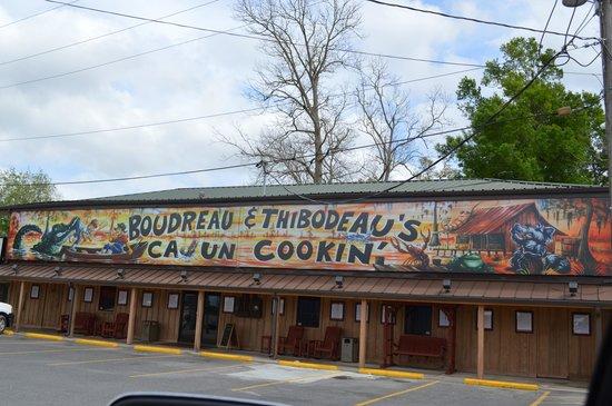 Boudreau & Thibodeau's Cajun Cooking: The Restaurant