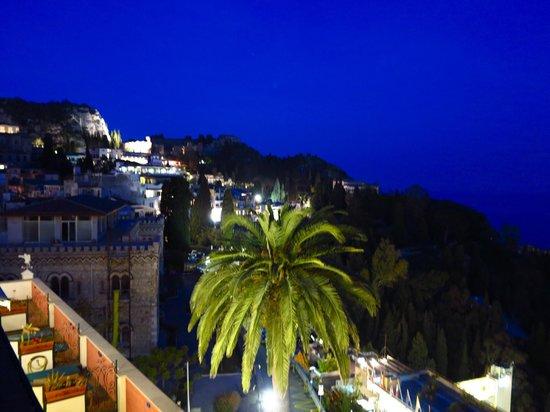 Hotel Villa Schuler: Panorama ora blu..