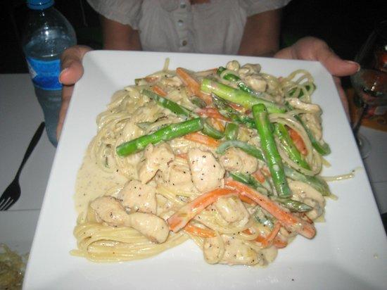 Titi Panini Pasta & Salad Bar : Linguine in a cream sauce peppers asparagus
