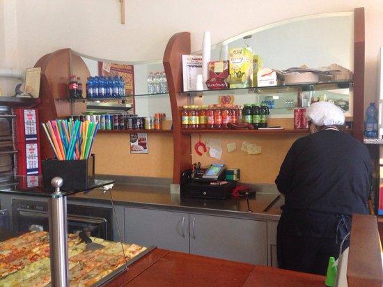 Pizzamania: Interno