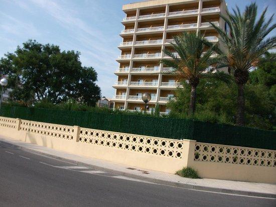 Prestige Goya Park : hotel kant zwembad