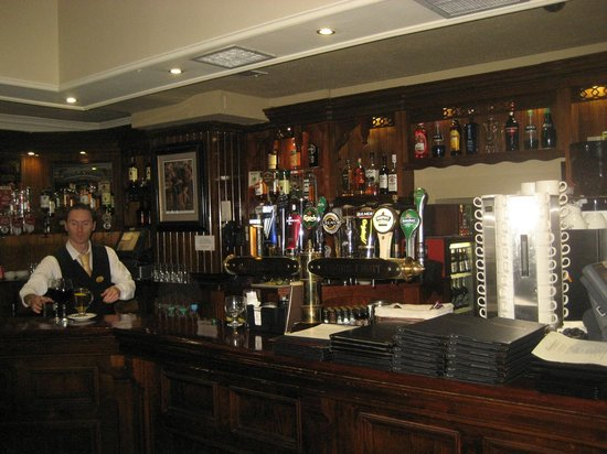 Hannigan's Bar and Restaurant : Bar