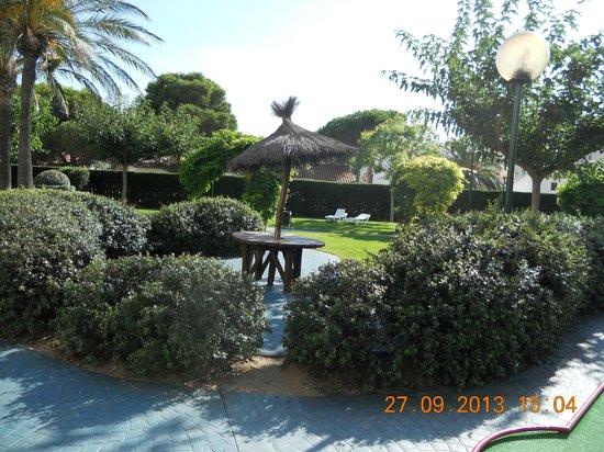 Prestige Goya Park : tuin in hotel