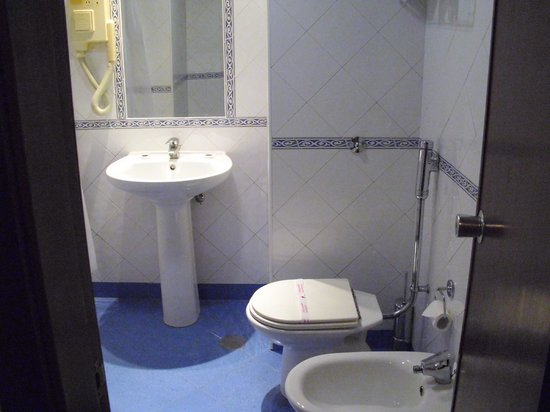 VIP Inn Berna Hotel : Room 516