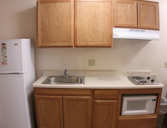 Value Place Gainesville : Modified Kitchen