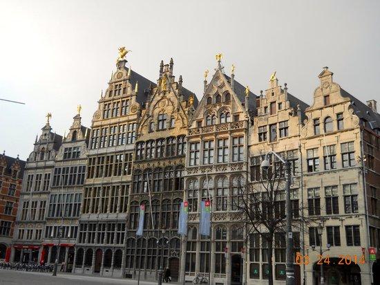 Grote Markt van Antwerpen: Amazing architecture!