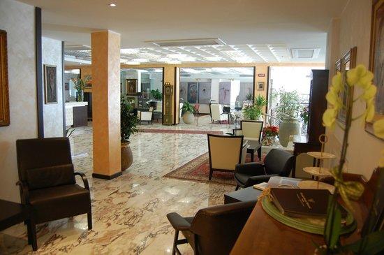Esterno Hotel Bild Von Grand Hotel Moroni Finale Ligure Tripadvisor