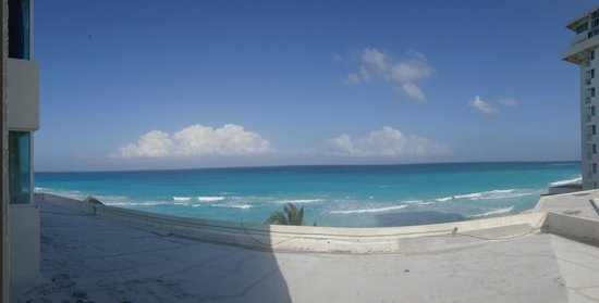 Oleo Cancun Playa: View from room