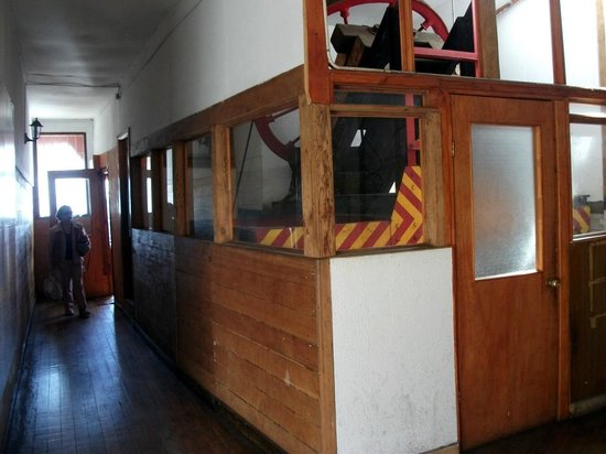 Ascensor Concepcion: Engine at the top