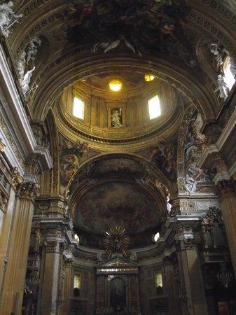 Chiesa del Gesù: Interior da Igreja de Jesus. Visto do Altar-mor
