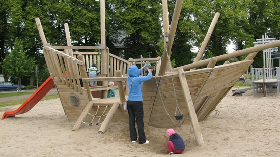 Vallikaar Playground