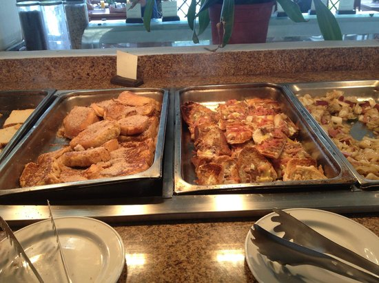 Sunscape Sabor Cozumel: Breakfast : Pancakes and crispy french toast with ham slivers & cheese