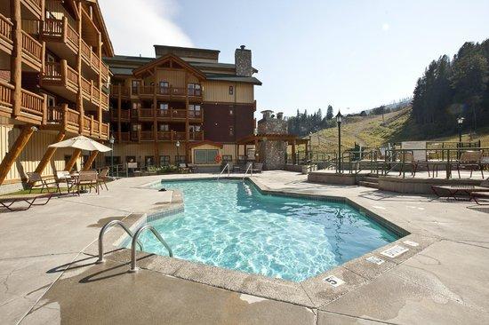 Trickle Creek Lodge: Pool and Hot Tubs