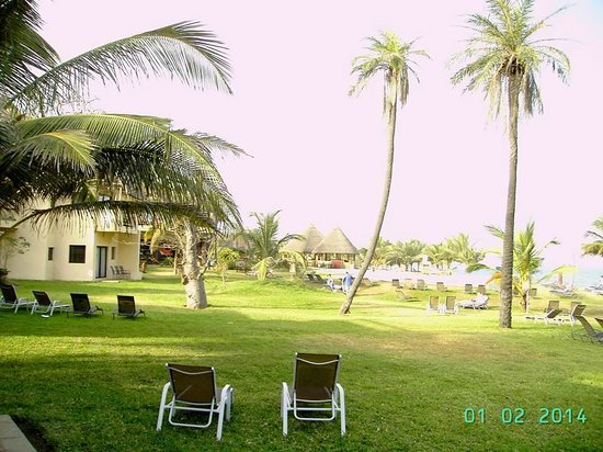 Gambia Coral Beach Hotel & Spa: grounds