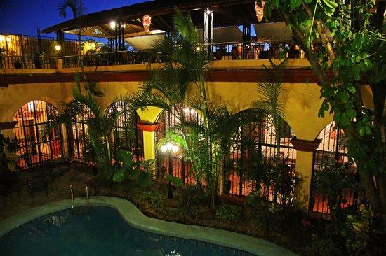 Hotel Oaxaca Real: Night vision