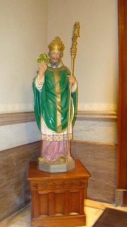 Cathédrale Saint-Jean-Baptiste : Cathedral of St. John the Baptist  |  222 East Harris Street, Savannah, GA 31401