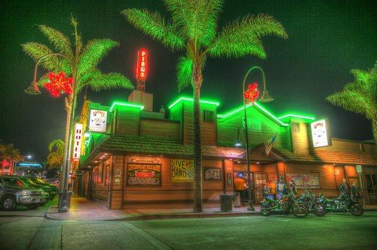 Harry S Night Club Beach Bar Under The Neon