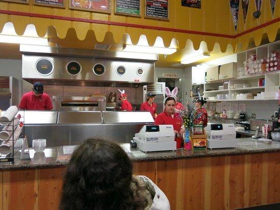Mariposa Pizza Factory: See! Bunny ears!