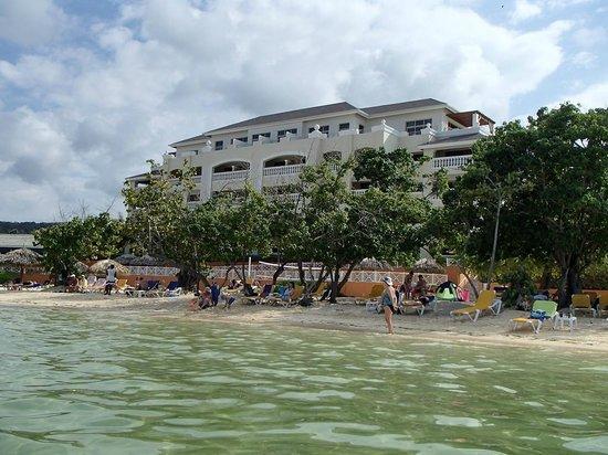 Iberostar Rose Hall Beach Hotel : Hotel 2