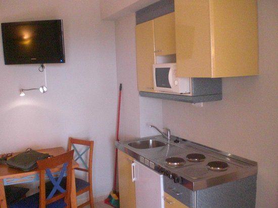 Tropic Garden Aparthotel : cucina