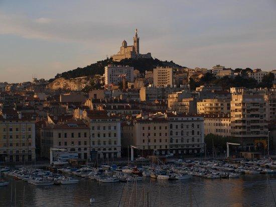 Hôtel La Residence du Vieux Port: Smuk udsigt i den tidlige morgen