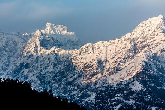 Kumaon, Indie: The mighty Himalaya