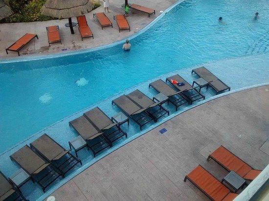 Moon Palace Cancun : Olhando para baixo do 3º andar era isso que eu tinha...