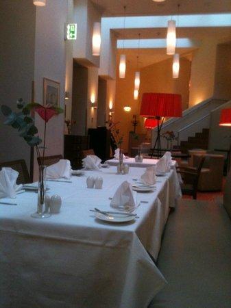 Kummer Hotel: dining room
