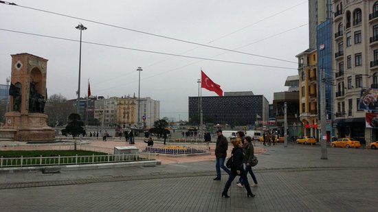 Beyoglu : ميدان تقسيم