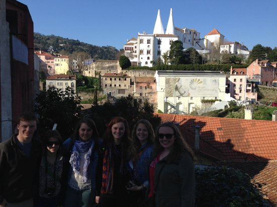 We Hate Tourism Tours: Palace in Sintra