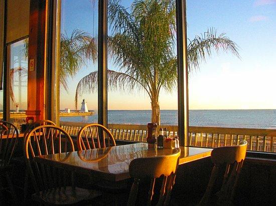 The Beach House Port Dover 2 Walker St Restaurant