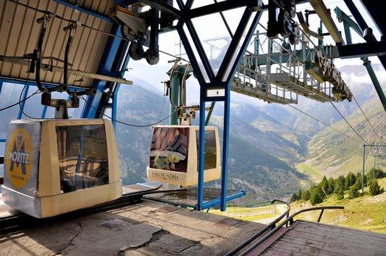 Hotel Husa Vall De Nuria : telecabina pico Aguila