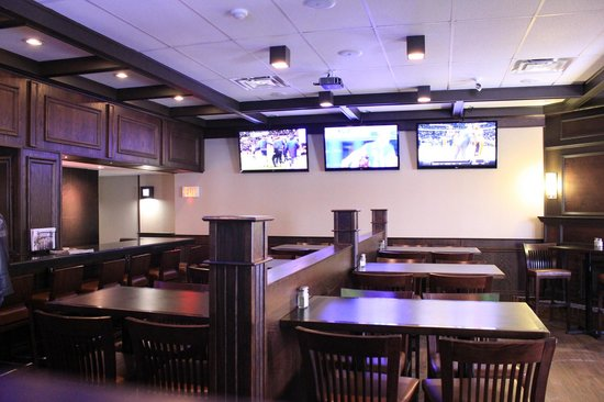 Travelodge Cambridge - Waterloo : Archie's Bar & Grill - Get All The Sports on Our Large Screen TV's