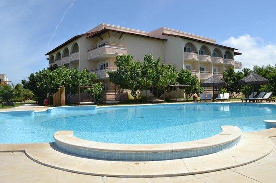 Grand Palladium Imbassai Resort & Spa: Piscina reservada aos adultos...