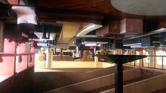 Melia Cabo Real All-Inclusive Beach & Golf Resort: near lobby bar