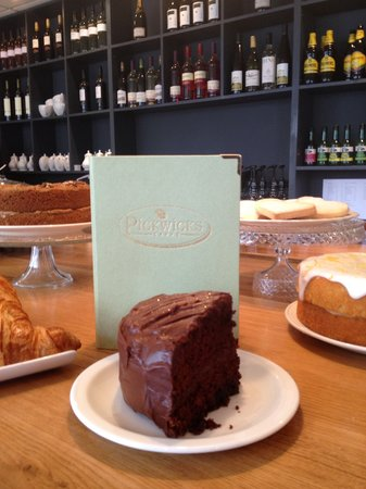 Pickwicks Country Kitchen : Death by Chocolate Cake