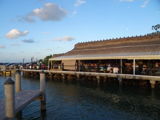 Island Fish Company: View of the restaurant from the pier