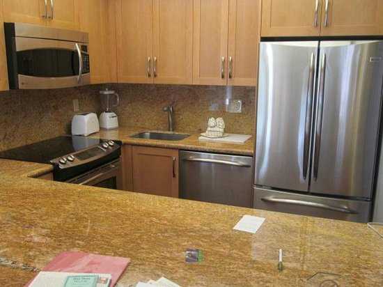Aston at The Whaler on Kaanapali Beach : Kitchen at Condo 474