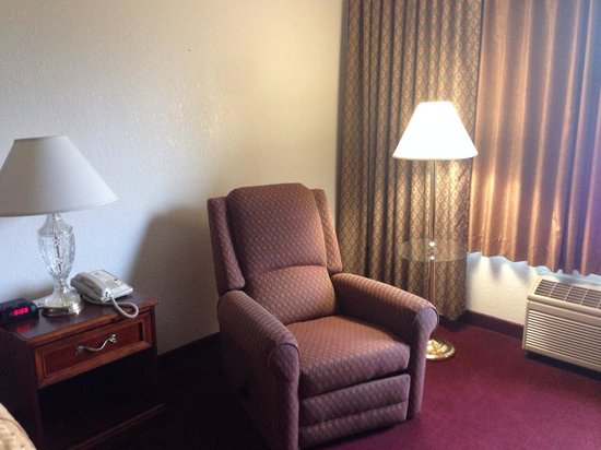 Clarion Highlander Hotel and Conference Center: In the room