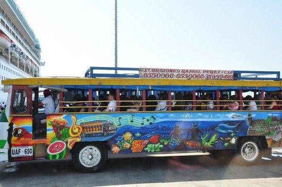 "Muraille : ""Busão"" turístico"