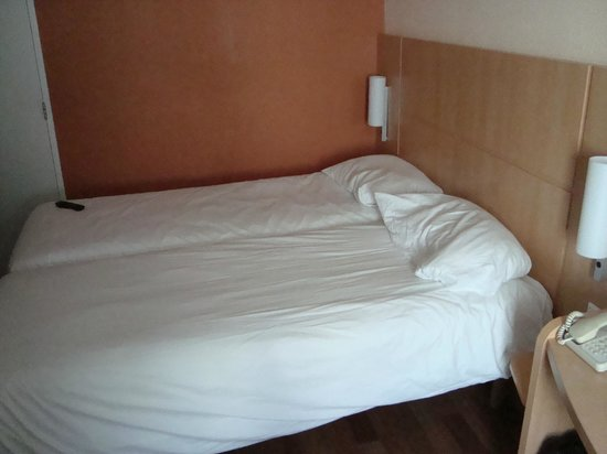 Ibis Amsterdam Centre: Twin beds