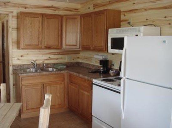 Cascada Cabins: Full Kitchen