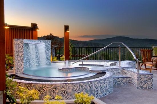 Sante Spa Mineral Pool Picture Of Westin Bear Mountain