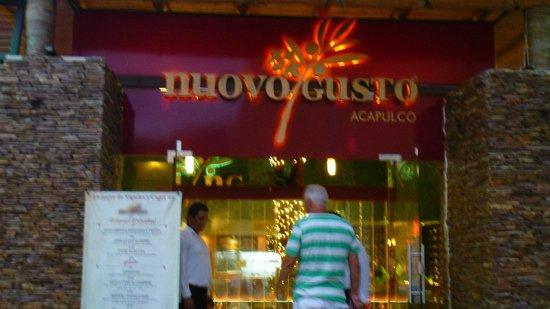 Nuovo Gusto: Nouveau resto à Acapulco