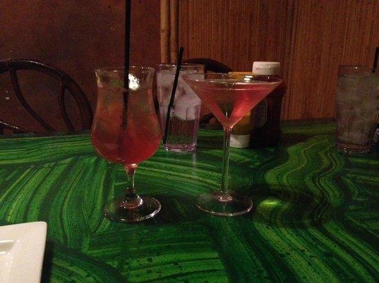 Kahunaville: our drinks, monster grape and razztini