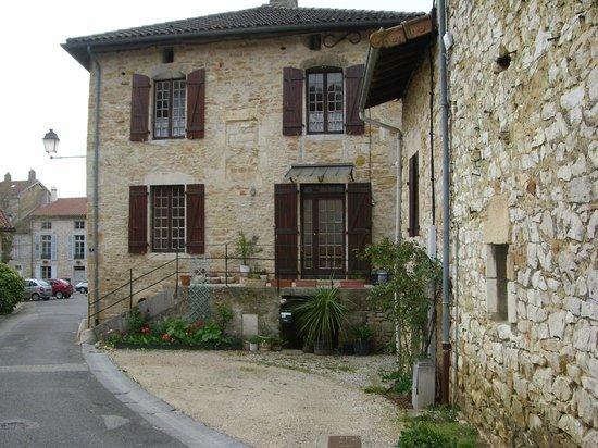 Hotel Vuillot : superbe village de Cuiseaux