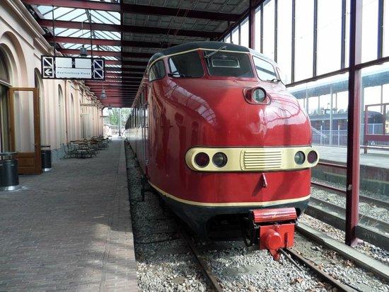 Railway Museum (Het Spoorwegmuseum): Engine Display