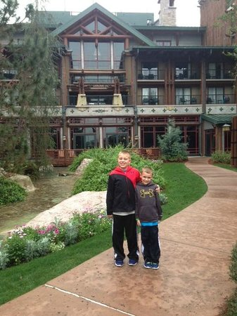 Disney's Wilderness Lodge: breathtaking