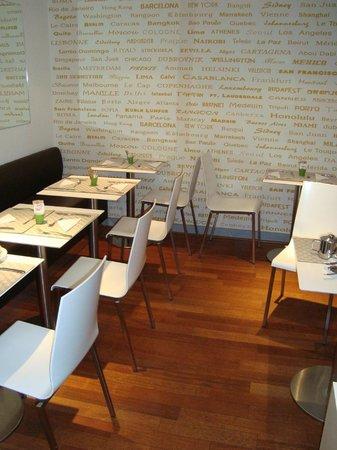 Villa des Ambassadeurs: Breakfast area